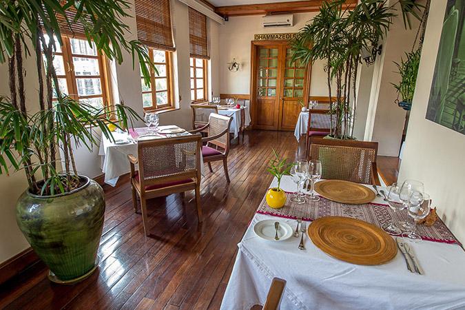 savoy-hotel-yangon-restaurant-Kiplings-bar