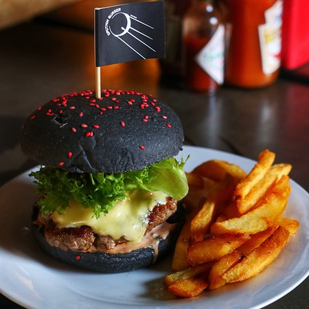 Sputnik Black Burger