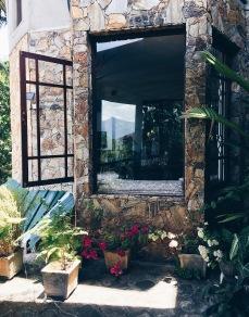La jolie maison en pierre
