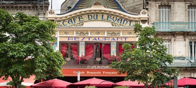 https___www.placo.fr_var_placo_storage_images_tendances-et-references_chantiers-de-reference_cafe-du-levant-bordeaux_trophees-placo-r-2015_cafedulevant_bordeaux_001_1941894-1-fre-FR_Trophees-Placo-R-2015_cafedulevant_bordeaux_001_1000x450